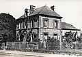 La mairie et l'ancienne école des garçons du Bourg-Dun..jpg