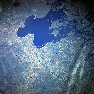 Lake of the Woods - Lake of the Woods from space, May 1998