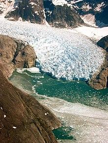 Le Conte glacier.jpg
