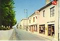 Les Trois-Moutiers - La rue principale, chez Noiraud.jpg