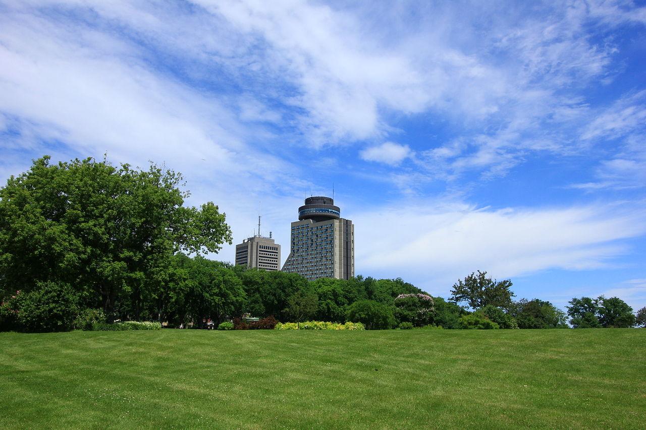 Loews Le Concorde Hotel Quebec City