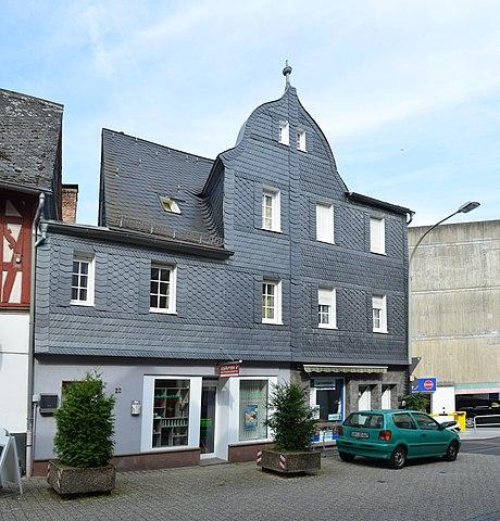 460px-Limburg%2C_Frankfurter_Stra%C3%9Fe_20-22.jpg