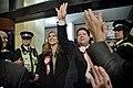 Llegada al John Mackintosh Hall de Fabián Picardo en la mañana en que se conocerán los resultados de las elecciones generales de Gibraltar (22980563319).jpg