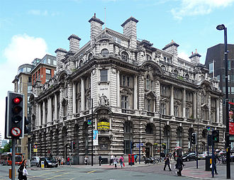 Edwardian Baroque architecture - 53 King Street, built for Lloyds Bank during 1915.