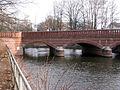 Lohmühleninsel Berlin Treptowerbrücke.JPG