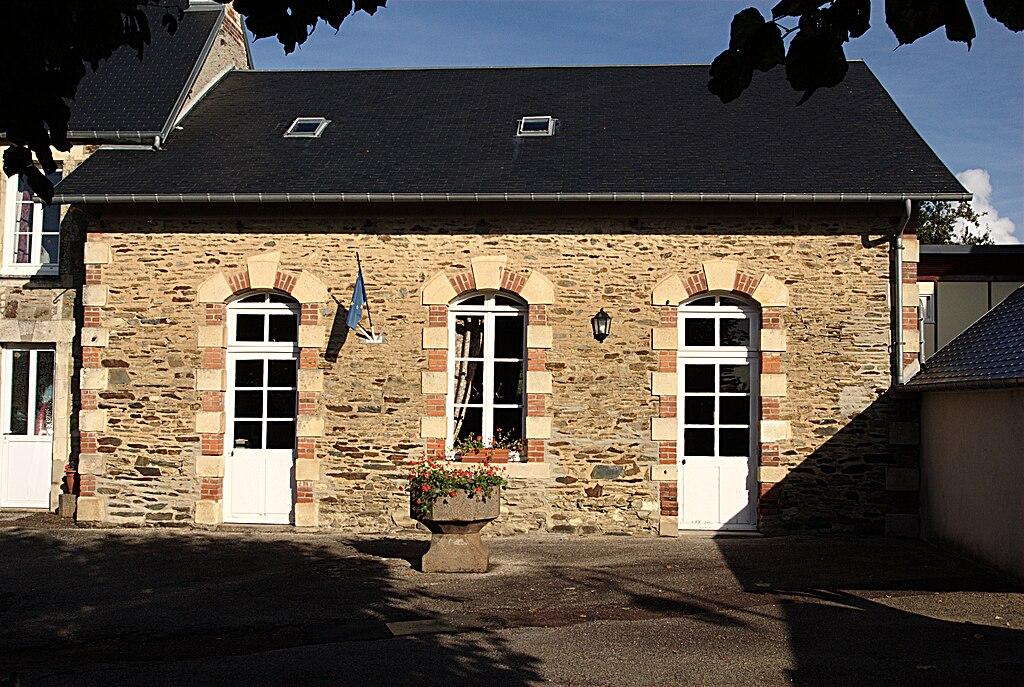 Longvillers mairie.jpg