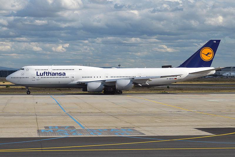 Boeing 747-8.