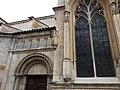 Lyon 5e - Église Saint-Paul, vestige du porche qui la reliait à l'église Saint Laurent (1).jpg