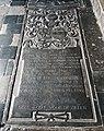 Maastricht, OLV-basiliek, grafzerk noordelijke kruisgang 03.jpg