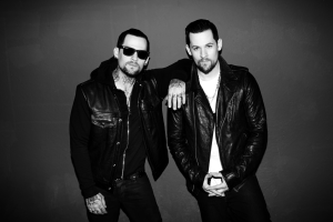 The Madden Brothers - Image: Madden Brothers Backstage Photo