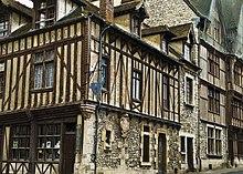 Histoire du Sucre d'Orge d'Antan dans Epiceries gourmandes 220px-Maison_du_sucre_d%27orge
