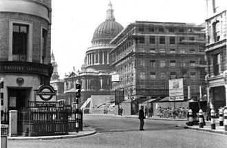 Mansion House tube station - 1955 view of entrance on Cannon Street