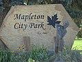 Mapleton City Park sign, Jul 15.jpg