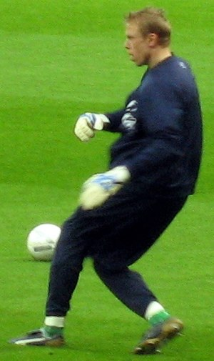 Mart Poom - Poom warming up prior to a match against Bolton Wanderers in January 2007