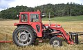 Massey Ferguson 175 red tractor September 2005.jpg