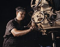 Mechanical operator on boiler parts, Combustion Engineering Co, Chattanooga, Tenn.jpg