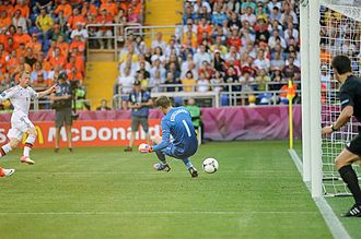 Michael Krohn-Dehli - Krohn-Dehli scoring the winner against the Netherlands at Euro 2012
