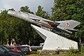 Mikoyan-Gurevich MiG-21PF '21 red' (36656508460).jpg
