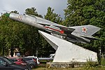 Mikoyan-Gurevich MiG-21PF '21 red' (36656508460).jpg