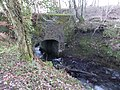 Millbank Burn Bridge, upstream side, Lochwinnoch.jpg
