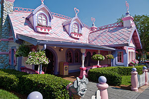 Mickey's Toontown - Minnies Country House