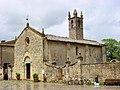 Monteriggioni, Pieve di S. Maria Assunta - panoramio.jpg