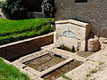 Montignac (24) fontaine Mérilhou.JPG