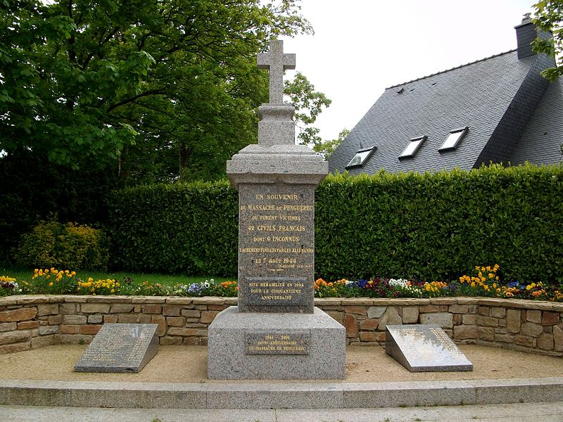 File:Monument commémoratif du massacre de Penguerec.jpg