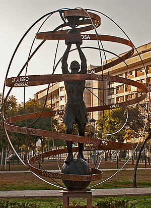 Real Betis - Betis' 1934-35 La Liga title is commemorated by this sculpture in Seville