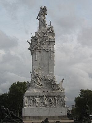 Landmarks in Buenos Aires - Monument to the Spaniards