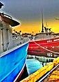 Morning ships near aloha tower - panoramio.jpg