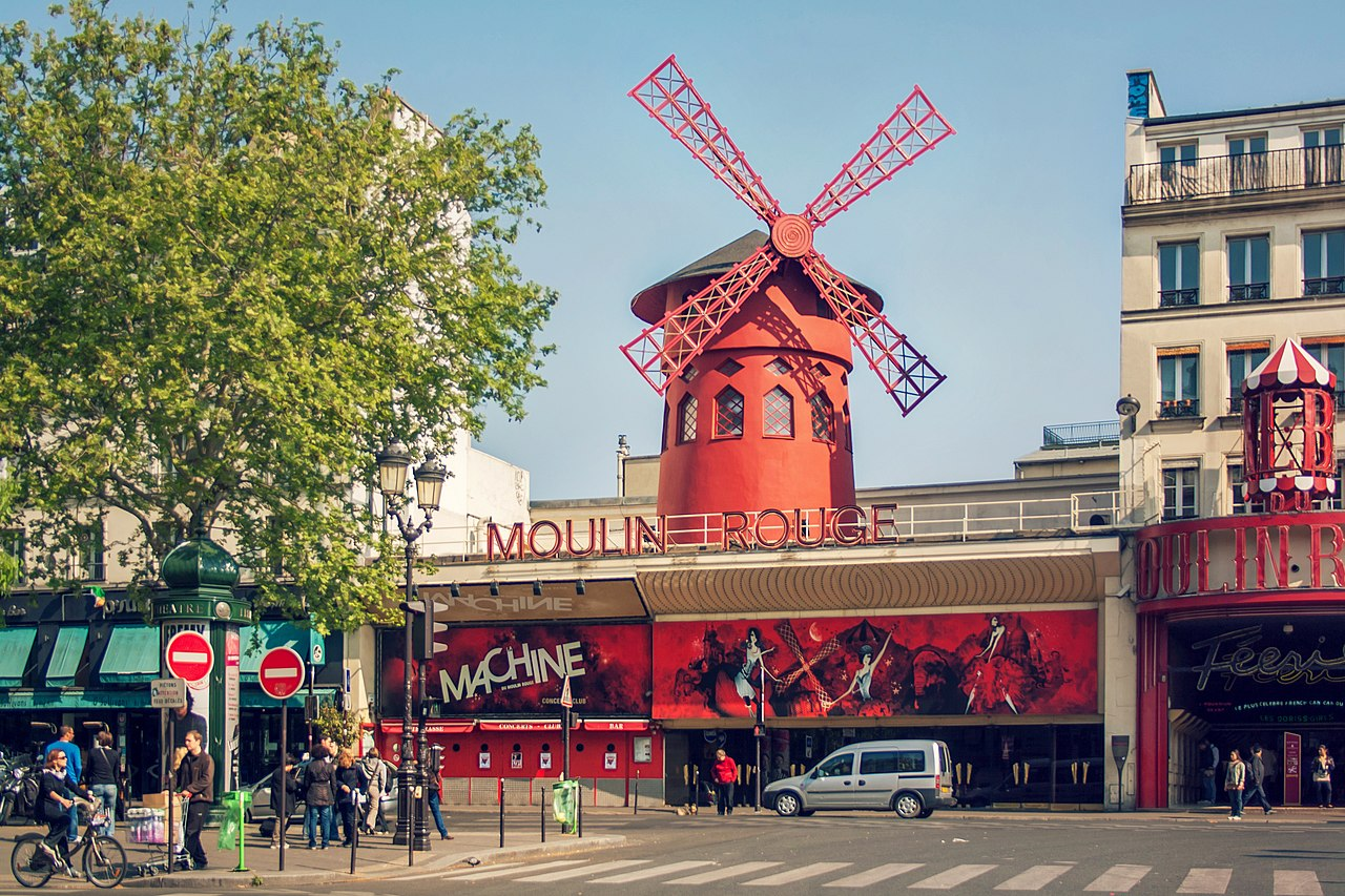 Image result for moulin rouge wiki commons