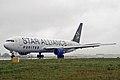 N653UA United Airlines (2243943441).jpg
