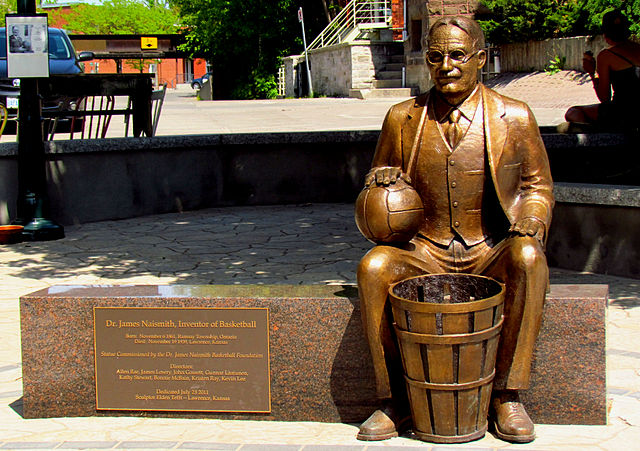 """Naismith statue, Almonte"" by D. Gordon E. Robertson - Own work. Licensed under Creative Commons Attribution-Share Alike 3.0 via Wikimedia Commons - https://commons.wikimedia.org/wiki/File:Naismith_statue,_Almonte.jpg#mediaviewer/File:Naismith_statue,_Almonte.jpg"