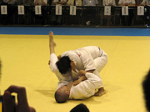 Kosen judo - Sankaku-jime (三角絞) applied at a modern kosen judo tournament in 2010.