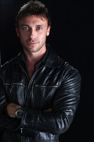 Nathan Foley (singer) - Foley in 2015