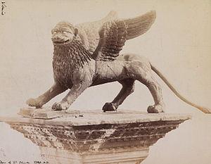 Lion of Venice - Image: Naya, Carlo (1816 1882) n. 157 Venezia Leone in Piazza san Marco