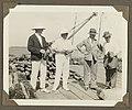 Nederlanders op een steiger in Suriname, NG-2009-93-5-4.jpg