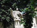 Nepomuk Denkmal AKH Hof 2 1052.JPG