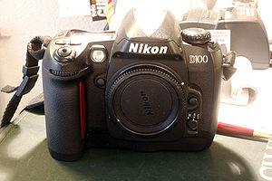Nikon D100 - Image: Nikon D100 f 2329032