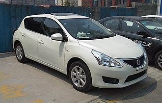 Nissan Tiida - Nissan Tiida hatchback (C12; China)