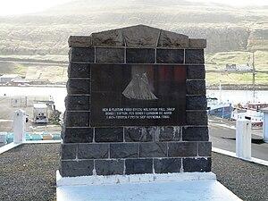 Vágur - Image: Nolsoyar Pall Memorial in Vagur Faroe Islands