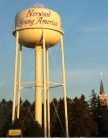 Norwood Young America water tower.png