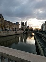 Notre Dame Nov 2017.jpg