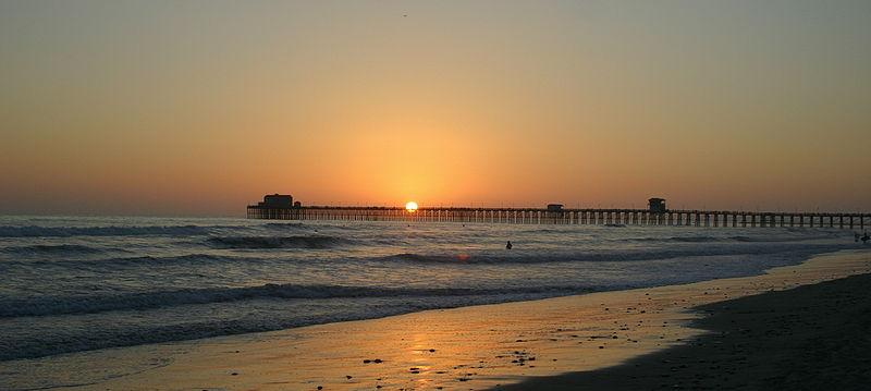 File:Oceanside-pier.JPG