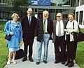 Oehme, Peter (Mitte) anlässlich seines 65. Geburtstages vor dem FMP.jpg