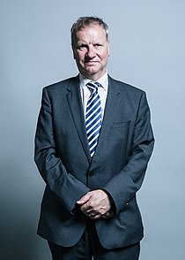 Official portrait of Pete Wishart (cropped).jpg