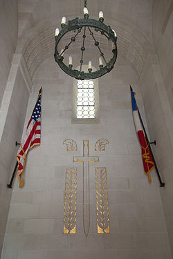 Oise-Aisne American Cemetery and Memorial 5.jpg