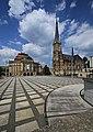 Opernhaus und Petrikirche in Chemnitz. 2H1A2073WI.jpg