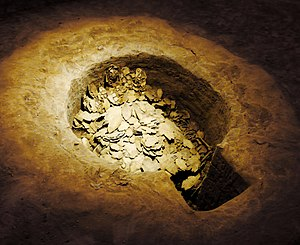 Oracle bone - Oracle bone pit at Yinxu, Anyang